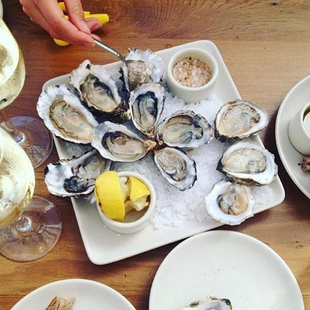 Inverness, CA: RAW DEAL [dozen local oysters & a glass of crisp white]