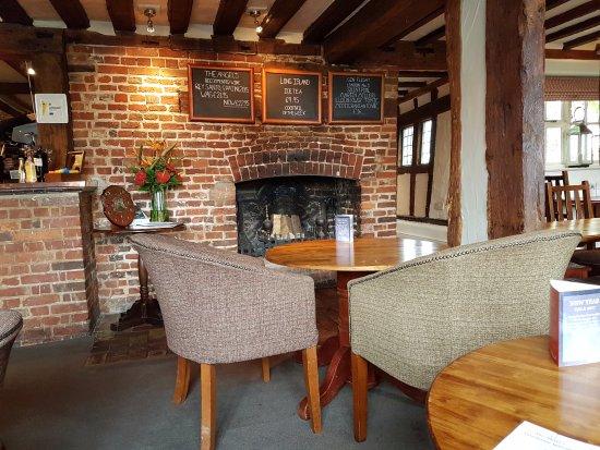 Stoke by Nayland, UK: Inside Pub