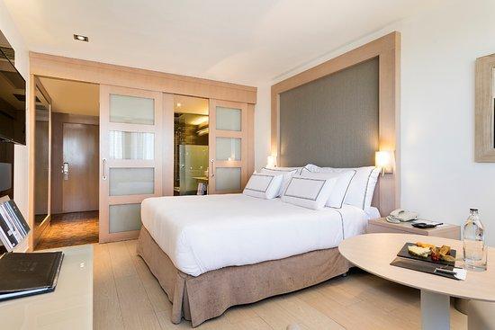 Melia Madrid Princesa Suite Level Room