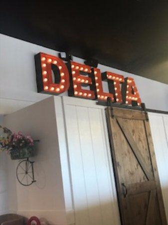 Delta, UT: Cute decor