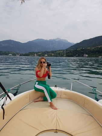 AC Boat: picture perfect views