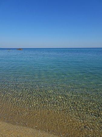 Villa Angela: spiaggia Megaselinos