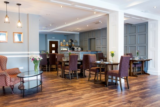 The Gateway Hotel: Our Newly Refurbished Lounge 'The Front'