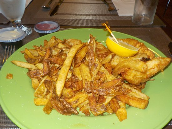 Gander, Canada: 2017-09-11 Alcock and Brown Eatery, Fish & Chips
