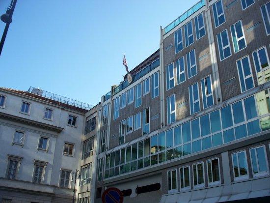 Edificio per l'Istituto Nazionale Assicurazioni