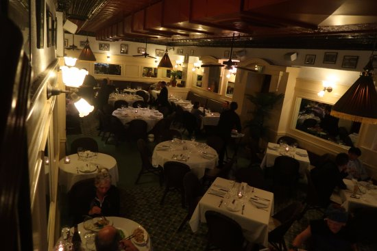 Le Colonial: The main dining area