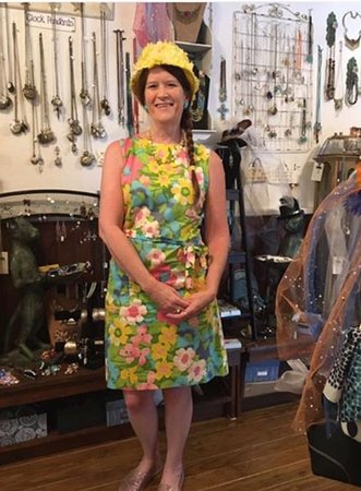 Micanopy, Floryda: Vintage dresses and jewelry and hats, oh my!