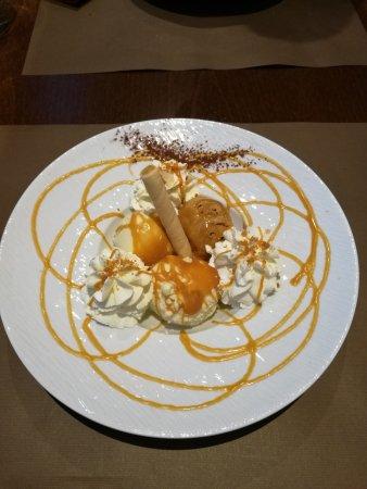 "Pizzeria La Terrasse : Dessert : Glace ""Carnacoise"" (Vanille, Caramel beurre salé, un vrai délice)"