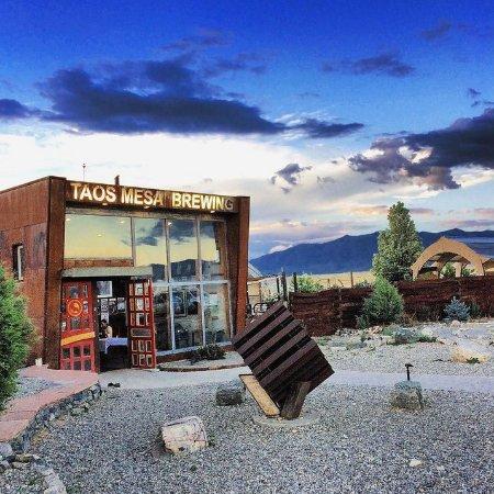 El Prado, NM: Entrance to the Taos Mesa Brewing Mothership