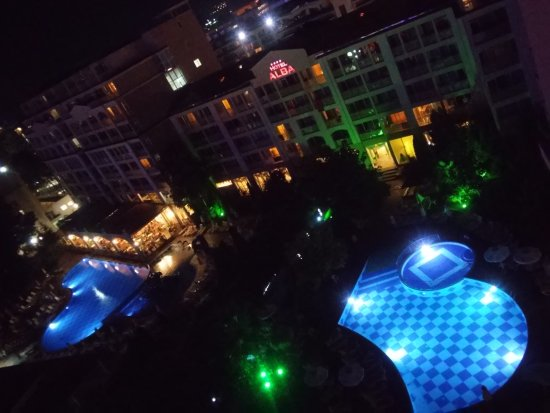 Alba Hotel: 20170920_204337_HDR_large.jpg