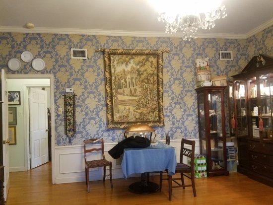 Beland Manor Inn : 20170921_075200_large.jpg