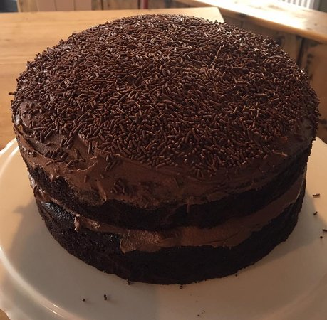 Malpas, UK: Try the delicious chocolate cake 😊