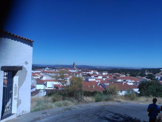 Mirador de Fuentes: Vistas del pueblo