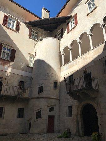 Castel Thun: photo2.jpg