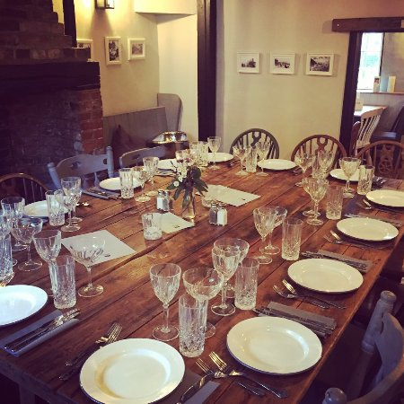 St. Neots, UK: The Corner Room set for a celebratory supper