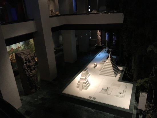 Museo de la Cultura Maya: photo5.jpg