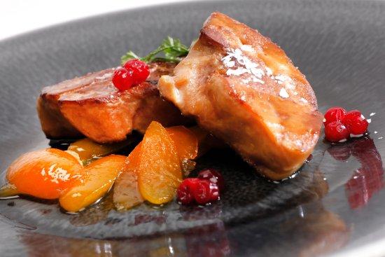 Cully, Schweiz: Escalope de foie gras poélée aux abricots