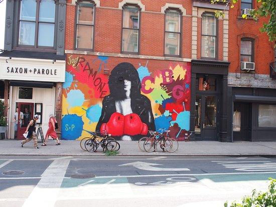 Rock Junket: Joey Ramone mural
