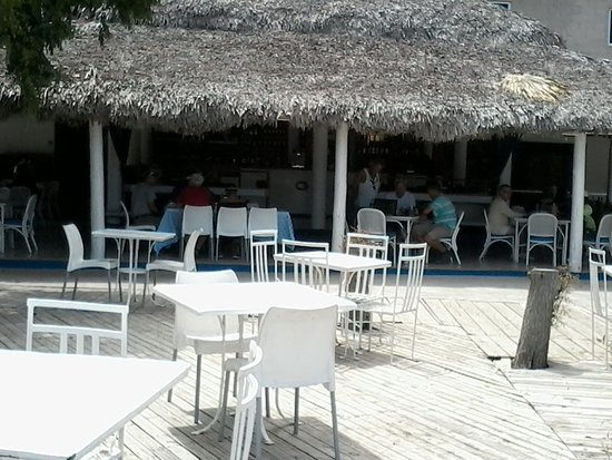 Puerto Blanco Marina Restaurant: Looking at the Restaurant