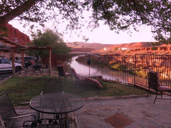 San Juan Inn: Relax on our patios