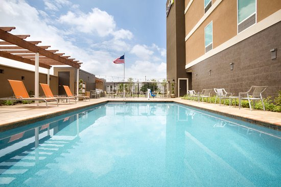 Webster, TX: Outdoor Pool