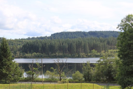 Macdonald Forest Hills Hotel & Spa: The view of Loch Ard from the Hotel