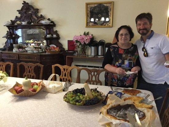 Aricera, Portugal: Nous sommes très chaleureusement accueillis par Lisa ! tout pour nous offrir un confort et une e