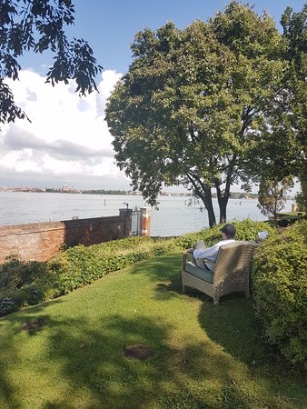 San Clemente Palace Kempinski: Looking out over the lagoon