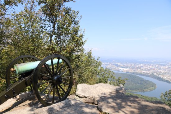 Lookout Mountain, Tennessee: Mocassin Bend/Tennessee River from Point Park