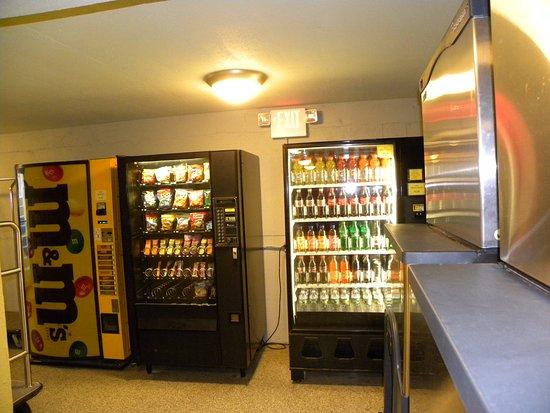 Pan American Hotel: Vending
