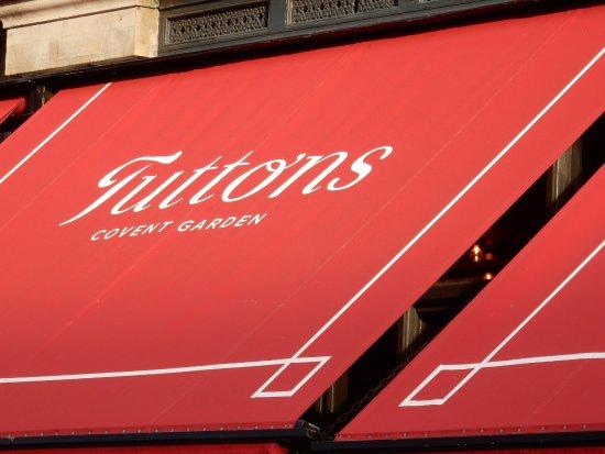 Tuttons Brasserie: Tuttons Covent Garden.