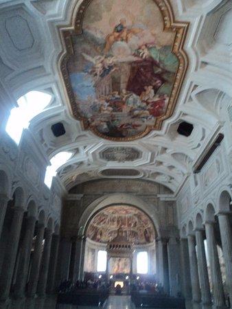 Saint-Pierre-aux-Liens (San Pietro in Vincoli) : Vista parcial.