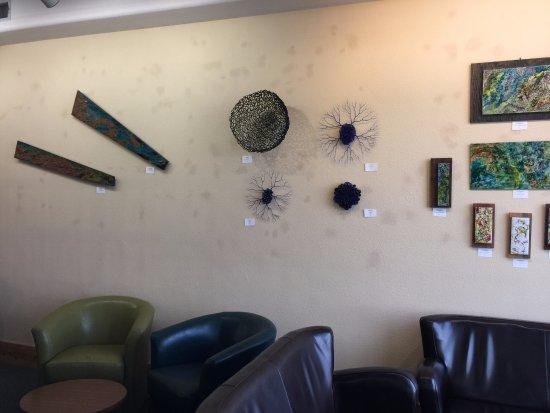 Jerome, Αριζόνα: Wine tasting room at Cellar 443