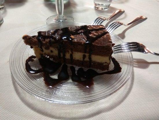 Selargius, Italia: Torta al cioccolato