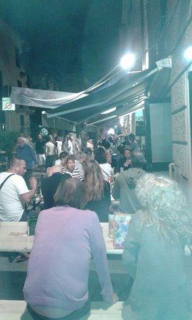 Варацце, Италия: NOVECENTO coffee & sweets