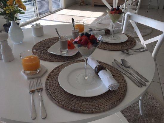 Sunshine Coast, ออสเตรเลีย: Breakfast first course