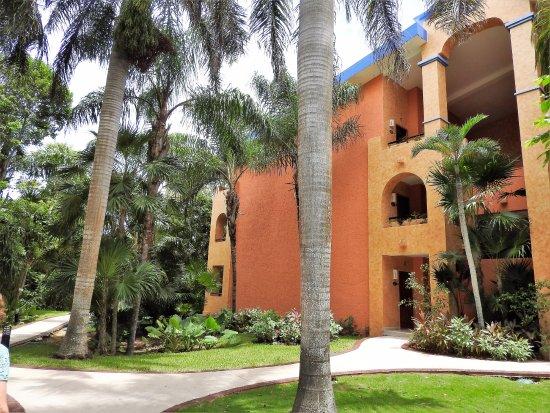 Grand Palladium Colonial Resort & Spa Photo