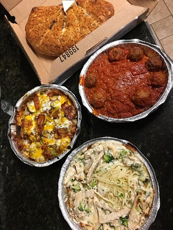 Norman, OK: Mozzarella Pocket, Spud Supreme, Spaghetti and Meatballs, and Chicken and Broccoli Alfredo