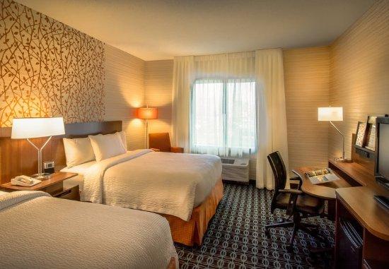 Dulles, Wirginia: Queen/Queen Guest Room