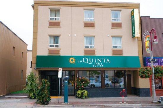 Oshawa, Canada: ExteriorView