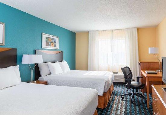 Lafayette, Indiana: Queen/Queen Guest Room