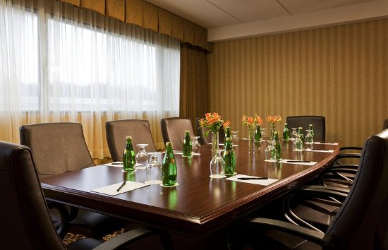 Westborough, MA: Boardroom