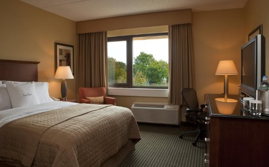 Westborough, MA: Accessible Sleeping Room