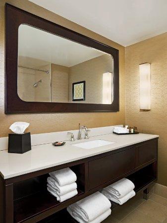 Pleasanton, Καλιφόρνια: Bathroom