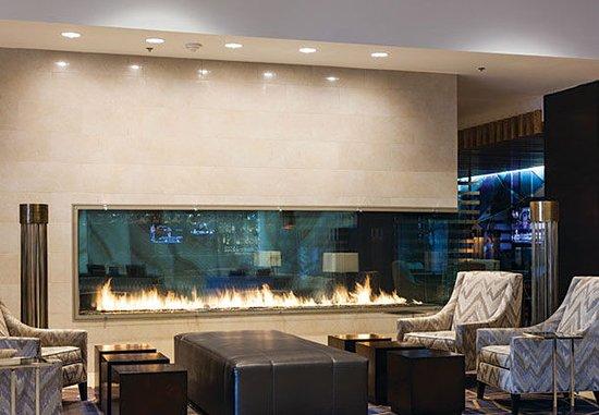 Burlington, MA: Lobby Seating & Fireplace