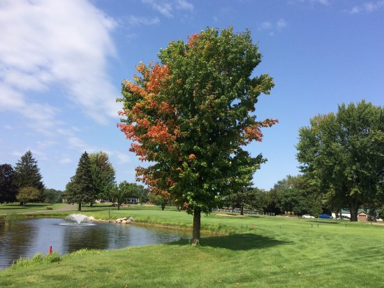 We've golfed at River Falls Golf Club many times the past few years and find it very enjoyable.