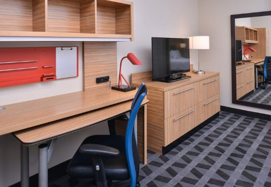 Gillette, WY: HomeOffice Suite