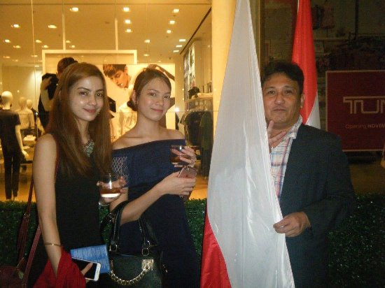 에드사 샹그릴라, 마닐라 사진
