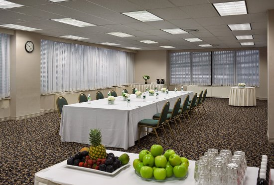 New Rochelle, NY: 7th Floor Meeting Room