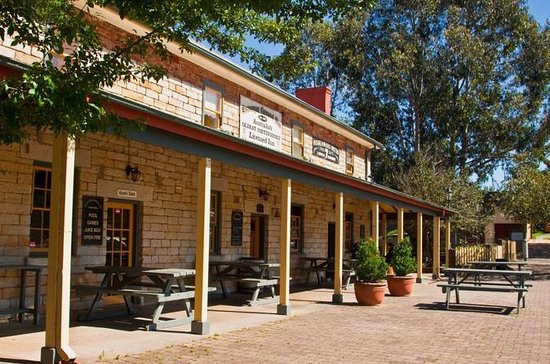 Southern Highlands Private Tour from Sydney with Fitzroy Falls